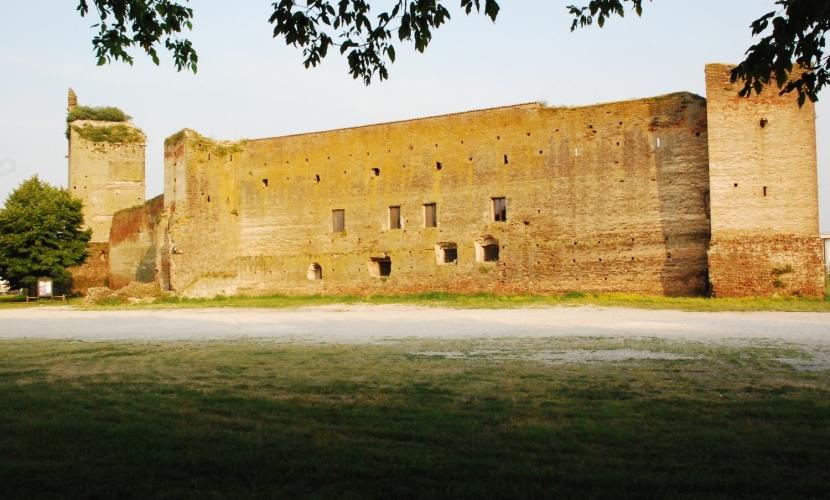 Castello e Rocca Castel d'Ario